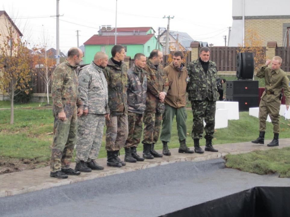 10.11.2012  построились награждать.png