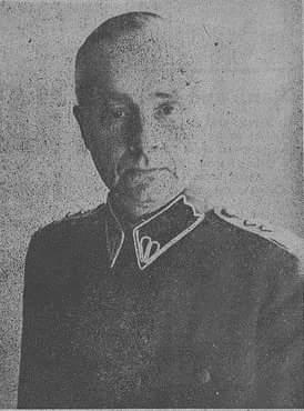 2 una 8 - head of una HQ pidpolkovnyk Arkadij Valijskyj.jpg