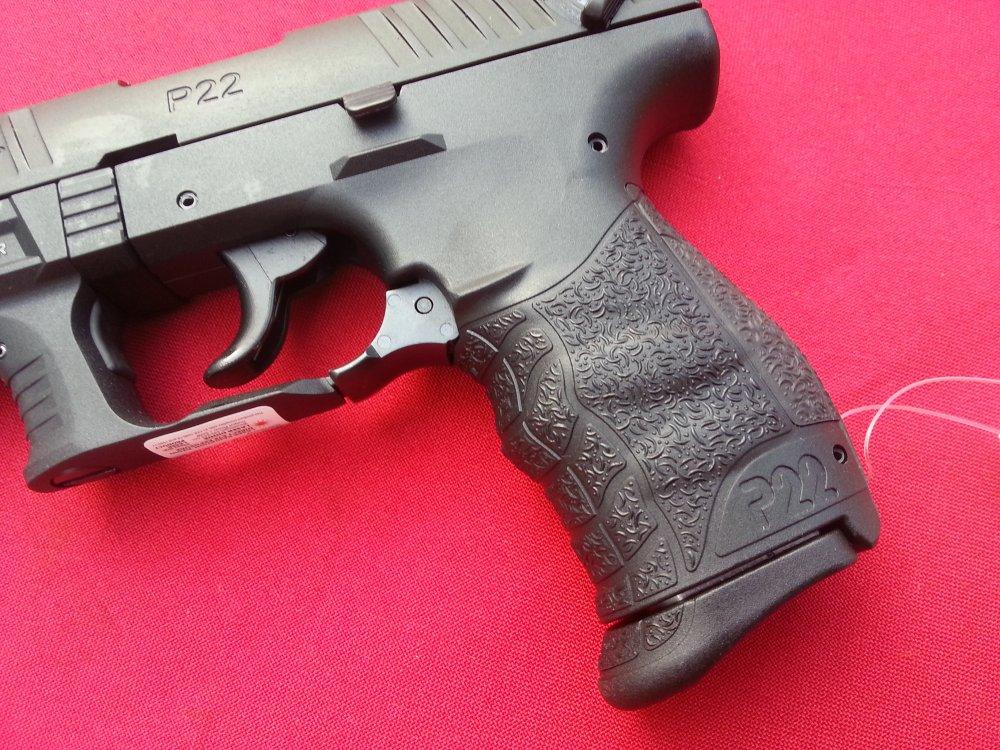 Продам макет пистолета walther p-22 z133369