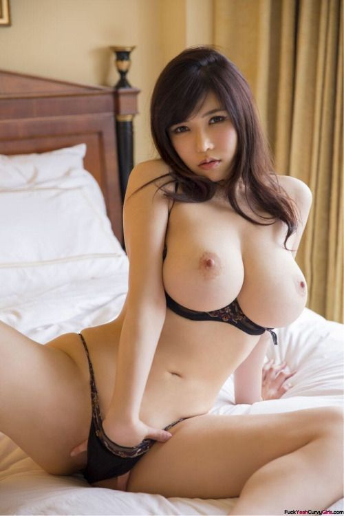 Tiny Asian Teen Huge Cock