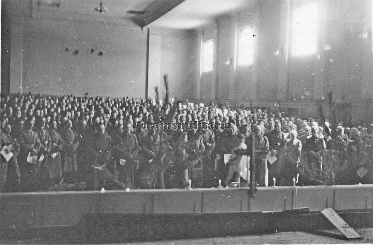 Чугуев (297.ID Gottesdienst im Kino TSCHUGUJEV) 1942 г..jpg
