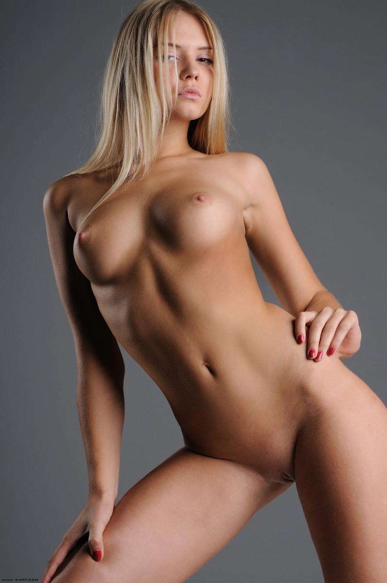 скачать фото голые красивых девушек