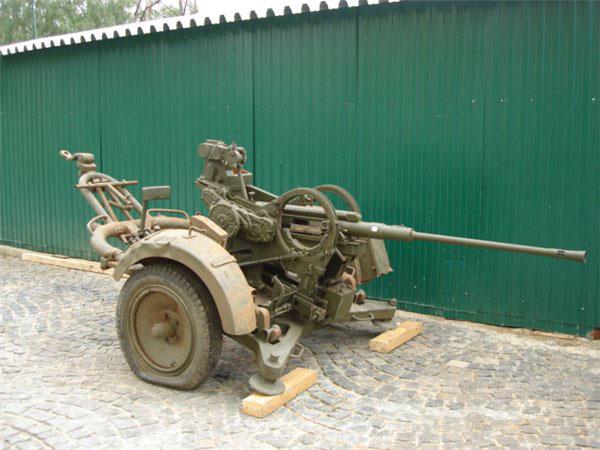 flak3038.jpg