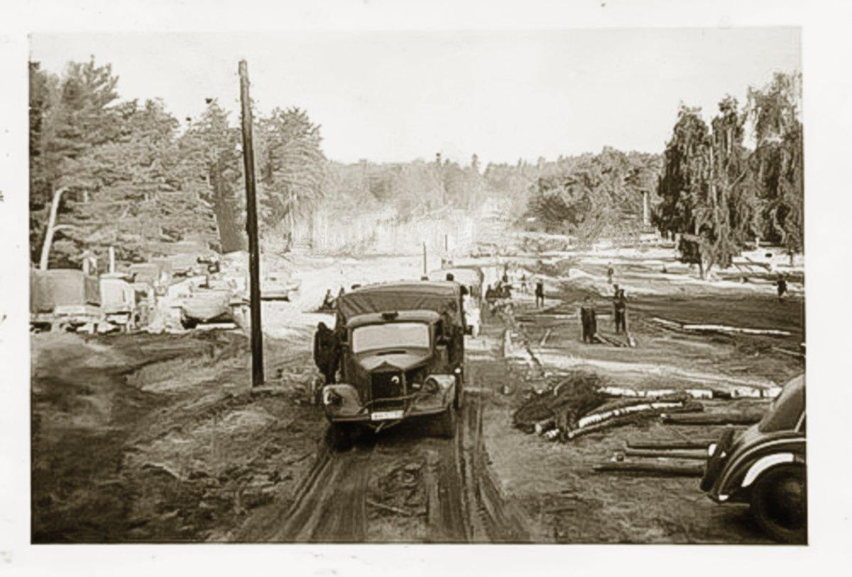 Фото из подборки 17-й танковой дивизии_  Глухову, 10 сентября 1941 г..jpg