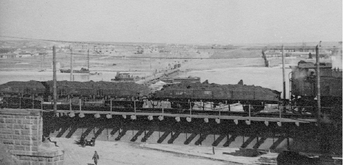 Николаев Железнодорожный путепровод 1941-1943 г..jpg