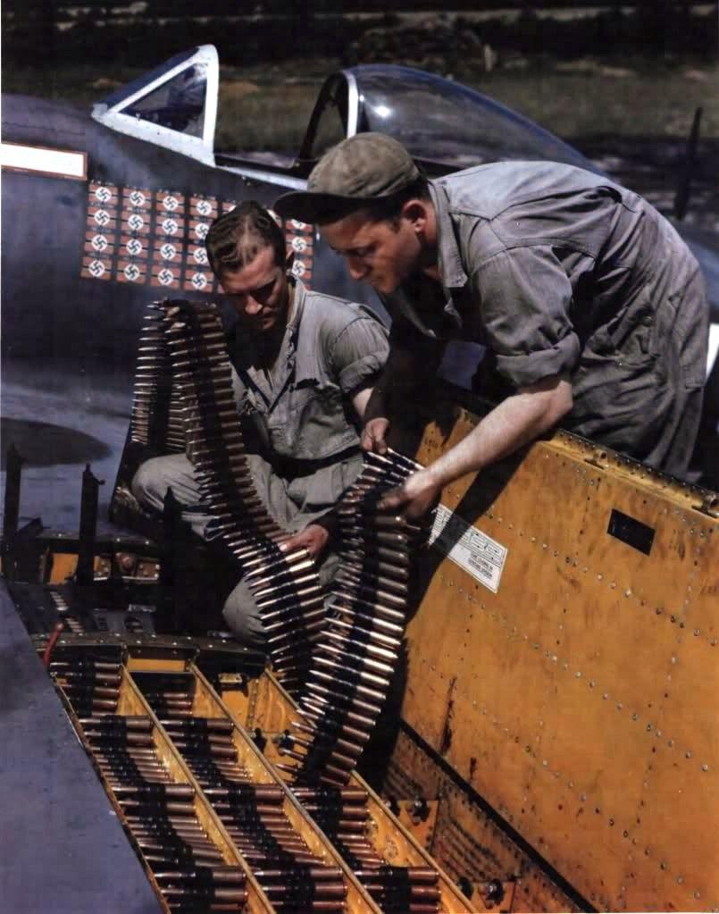 P-47D-25 Thunderbolt 42-26418, HV – A, Lt Col Francis Gabreski.jpg