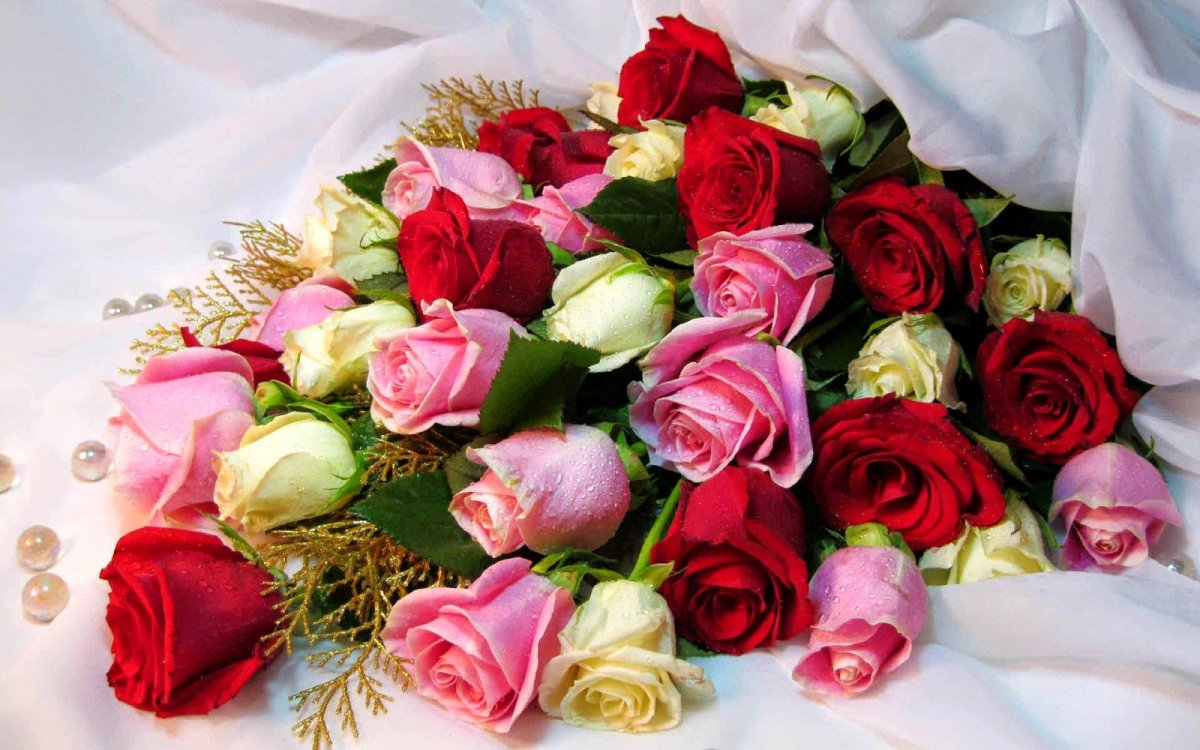 Букетики цветов картинки самой красивой женщине