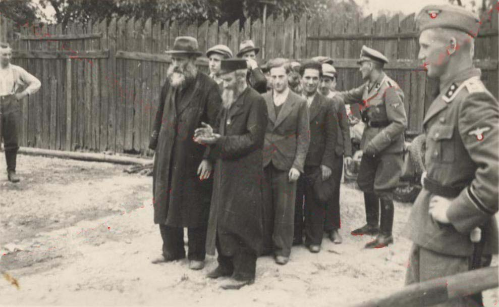 an introduction and a definition of einsatzgruppen An introduction between 1933 and 1945, the nazi regime and their collaborators murdered six million european jews and five million non-jews the terms shoah and holocaust are used to label the persecution and extermination of european jews at the hands of nazis.