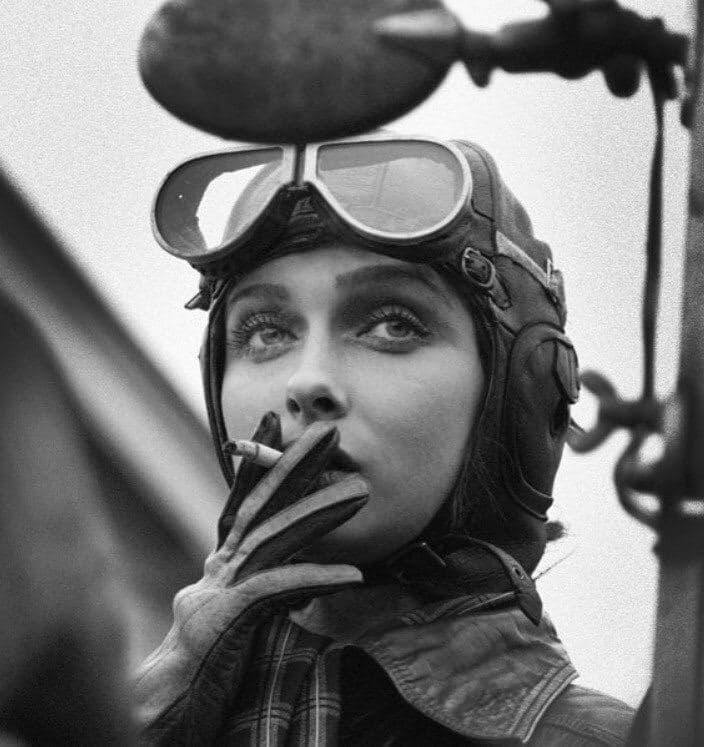 Ширли Слейд — летчик ВВС, США, 1943 год.