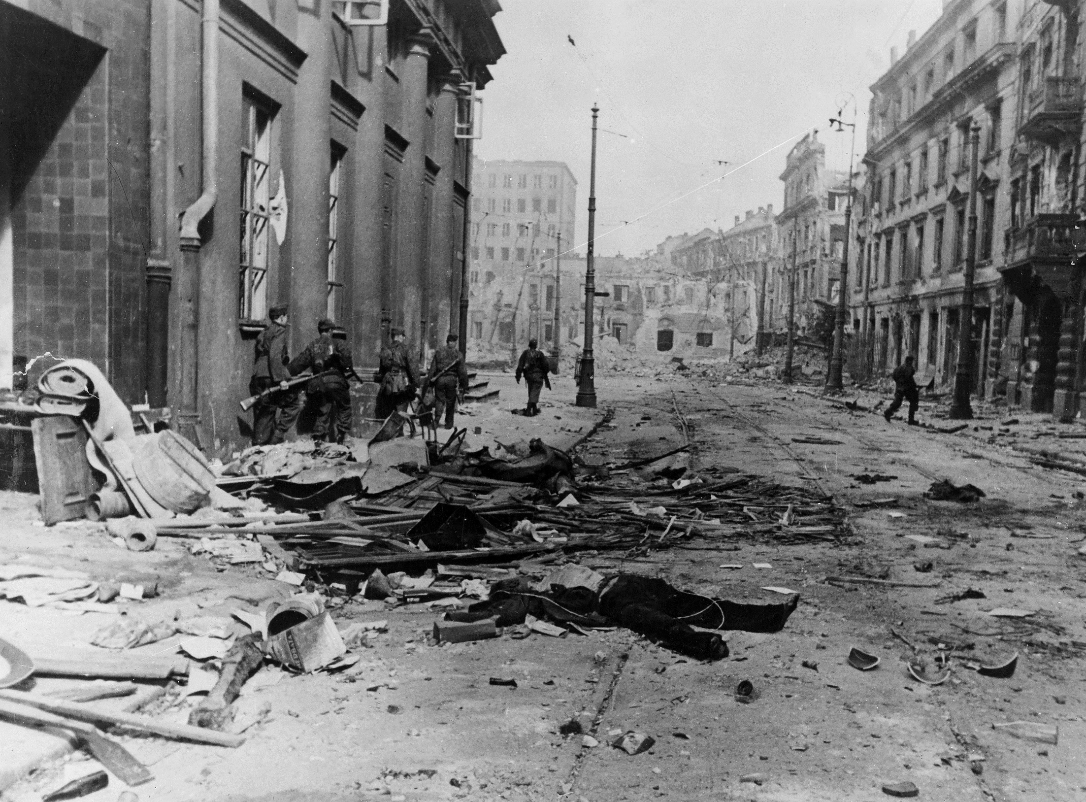 1944 warsaw uprising essay Warsaw uprising - ww2 timeline (august 1st - october 2nd, 1944) with germany seemingly on the retreat, polish authorities attempted to take back their capital city before the soviet army could lay claim upon it.